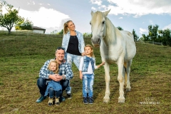 Družinsko-fotografiranje-Srečna