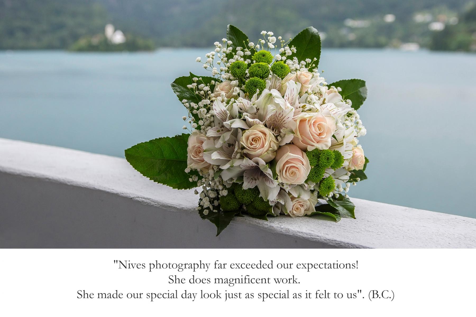 Mnenje-stranke-poroka-na-Bledu-poročni-šopek-nives-brelih-photography